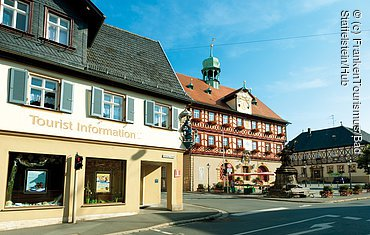 bad_staffelstein_tourist-information-rathaus.jpg